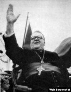 Arzobispo de Santiago de Cuba, Monseñor Enrique Pérez Serantes.
