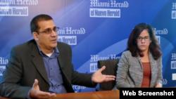 Antonio Rodiles y Ailer González durante la entrevista concedida a el diario El Nuevo Herald. (Captura de video)