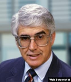 Edward González, profesor emérito de Ciencias Políticas, UCLA.