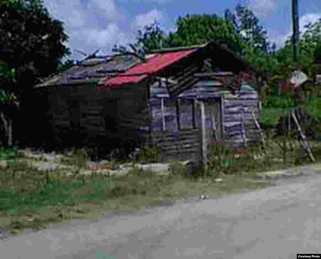 Las condiciones de vida de los pobladores del barrio San Diego en Bahía Honda, situado en la costa norte cubana ha sido captada por el lente de Rodrigo Alberto Rodríguez Verdecia de la Red Cubana de Comunicadores.