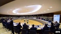 Los ministros de Exteriores de la UE y de la CELAC, en la Comisión Europea en Bruselas (09/06/2015).