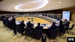 Los ministros de exteriores de la Unión Europea y de la Comunidad de Estados Latinoamericanos y Caribeños (CELAC) durante un acto celebreado en la Comisión Europea en Bruselas, Bélgica.