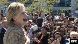 Hillary Clinton en un acto de campaña en Los Angeles.