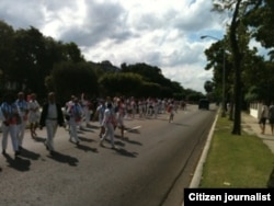 Reporta Cuba Damas de Blanco marchan por 5ta Ave Foto Cortesía de Angel Eberto EScobedo