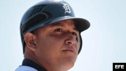 Miguel Cabrera de los Tigers de Detroit logra la Triple Coronal del béisbol profesional.
