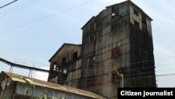 """Abandono de la destilería """"Habana"""" en la barriada de Lawton"""