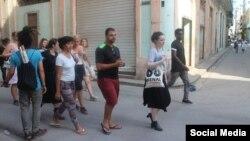 Más de 70 artistas de varios países participan en la #00Bienal de La Habana.