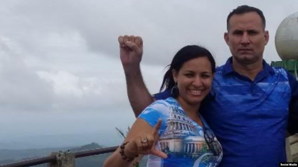 Nelva Ismarays Ortega Tamayo y José Daniel Ferrer en una foto de archivo.