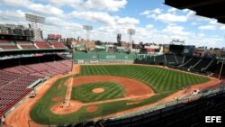 Estadio Fenway Park, Boston, Massachusetts, Estados Unidos.