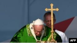 El papa Francisco ofrece una misa en el Campo San Juan Pablo II, a las afueras de la Ciudad de Panamá.