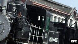 Fotografía de archivo de un tren en Cuba
