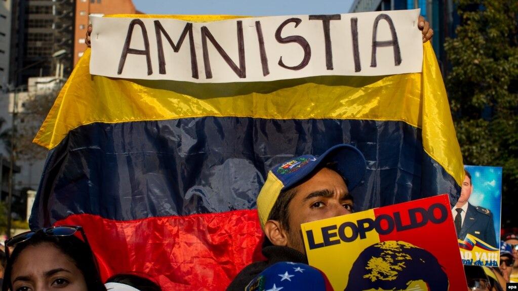Venezolanos se manifiestan a favor de la Ley de Amnistía, que busca la liberación de los presos políticos. (Archivo)
