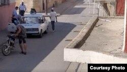 Acoso a opositores en Santiago de Cuba Tomado de Facebook de UNPACU