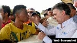 El presidente de Colombia, Juan Manuel Santos, recorre el sábado la región fronteriza con Venezuela