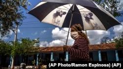 Cuba ha reportado más de 85 mil casos de coronavirus desde que comenzó la pandemia. (AP Photo/Ramon Espinosa).