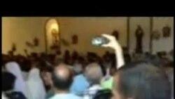 Entrada del féretro de Payá a la iglesia El Salvador