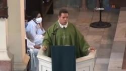 Sacerdote de la Habana dice durante la homilía que ningún gobernante esta por encima de su pueblo