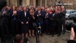 Teresa May pilotará la salida de Reino Unido de la UE