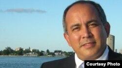 El Dr. José Antonio Soto, en una imagen tomada de su página de Facebook.