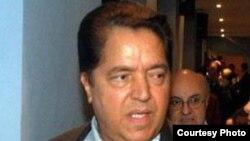 El intelectual y editor italiano Armando Verdiglione, bajo acoso en Italia.