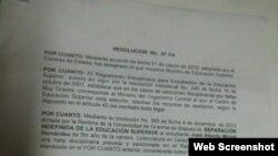 Resolución ministerial que oficializa la expulsión del estudiante José Alberto Miniet Hernández