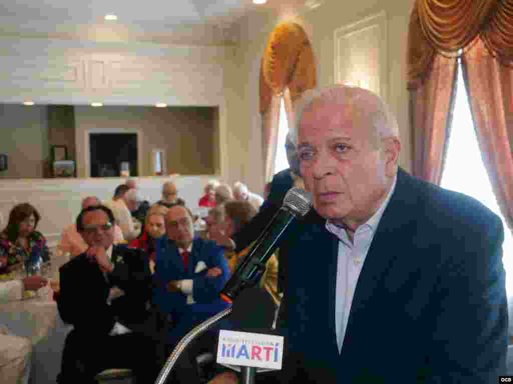 Tomás Regalado, Director de las Oficinas de Transmisiones a Cuba ( OCB ) habló sobre la trayectoria del Dr. Luis Conte Agüero durante el homenaje celebrado en Miami a propósito de su cumpleaños 96.