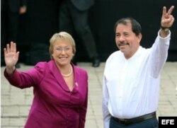 Michelle Bachelet recibe en 2007 en el Palacio de la Moneda al gobernante nicaragüense Daniel Ortega.