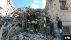 Terremoto devastó una serie de localidades montañosas en el centro de Italia