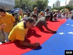 Manifestaciones de la oposición en Caracas en apoyo al referendo revocatorio contra Maduro.