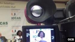 Berta Soler en la conferencia de prensa en la Universidad de Miami