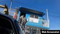 La seguridad del estado entra por la fuerza en sedes de Unpacu. Foto archivo.