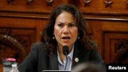 La congresista Verónica Escobar, representante demócrata por Texas, estuvo a cargo de la respuesta al discurso de Trump.