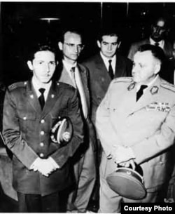 Raúl Castro en Praga, Checoslovaquia, 1960.