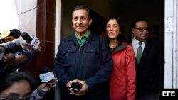 Expresidente Humala y su esposa asisten a audiencia en caso por presunto lavado de activos y otros cargos.