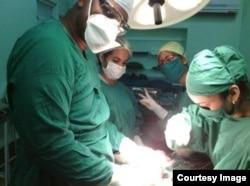 Brasil exige exámenes de reválida a médicos cubanos fuera del contrato con gobierno cubano.