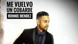1800 Online con el cantante cubano Ronnie Méndez