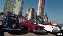Exhibición de autos clásicos en La Habana. EFE
