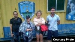 Grupo de cubanos detenido en Honduras.