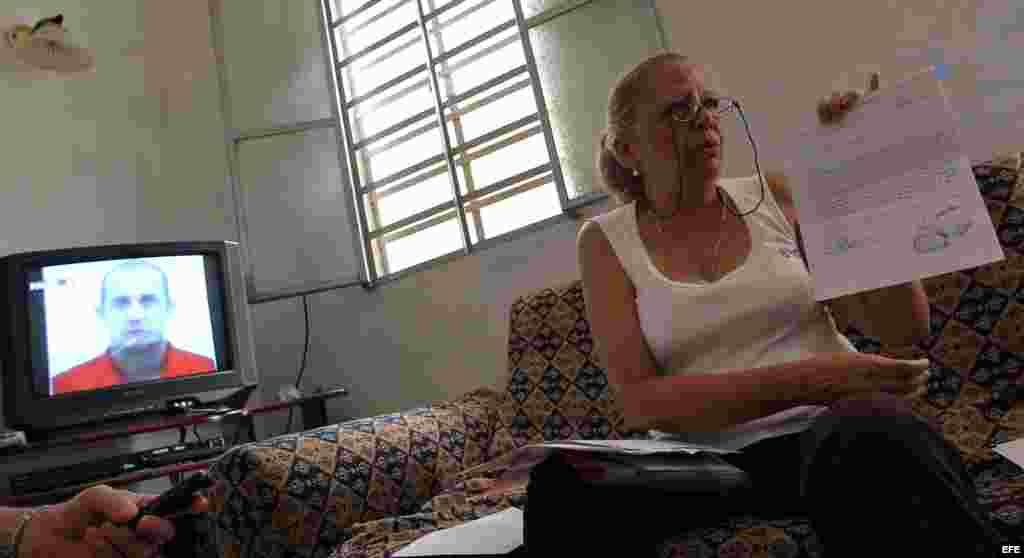 La disidente cubana Marta Beatriz Roque ofrece una rueda de prensa hoy, lunes 10 de septiembre, en La Habana (Cuba).