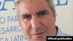 Gabriel Salvia, director de la ONG CADAL y organizador del foro en Buenos Aires sobre la prensa en Cuba.
