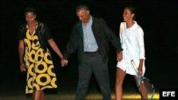 El presidente Obama y su familia regresan a la Casa Blanca terminada sus vacaciones.