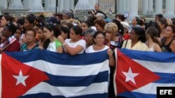 Afiliadas a la oficial Federación de Mujeres Cubanas (FMC) en un acto en el 2007.