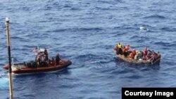 La Guardia Costera repatrió a 45 balseros cubanos.