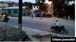 Equipos usados para demolición de kiosco Santiago de Cubaon reparto altamira Foto jdanielferrer