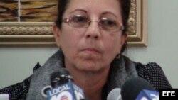 La viuda del fallecido disidente cubano Oswaldo Payá, Ofelia Acevedo, durante una rueda de prensa.