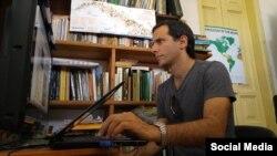 Henry Constantín Ferreiro, ha sufrido el acoso de la Seguridad del Estado por ejercer el Periodismo.