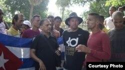 Integrantes de Palenque Visión y ADO.