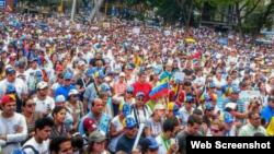 El pueblo venezolano en las calles.