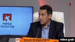 El ministro de Transporte de Cuba, Eduardo Rodríguez Dávila, en la Mesa Redonda del martes 25 de febrero de 2020.