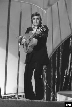 Peret popularizó canciones como Borriquito, Una lágrima o Canta y sé feliz.